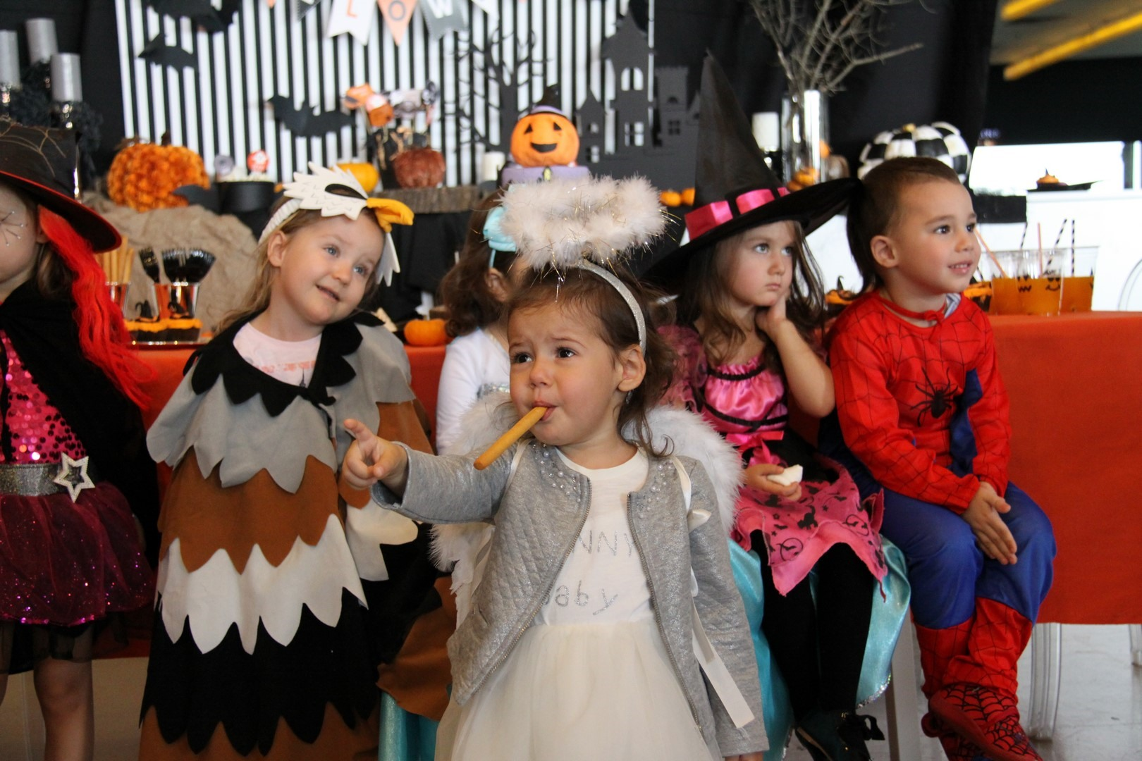 Kids Studio - Halloween 2016